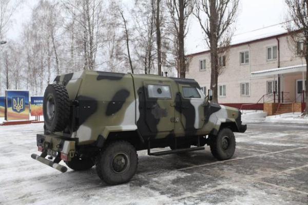 Бронемашина KOZAK 2014 усилит украинскую армию