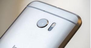 كاميرا HTC 10 هي الافضل