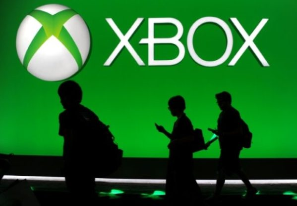Microsoft unveils Xbox Series X as console war heats up