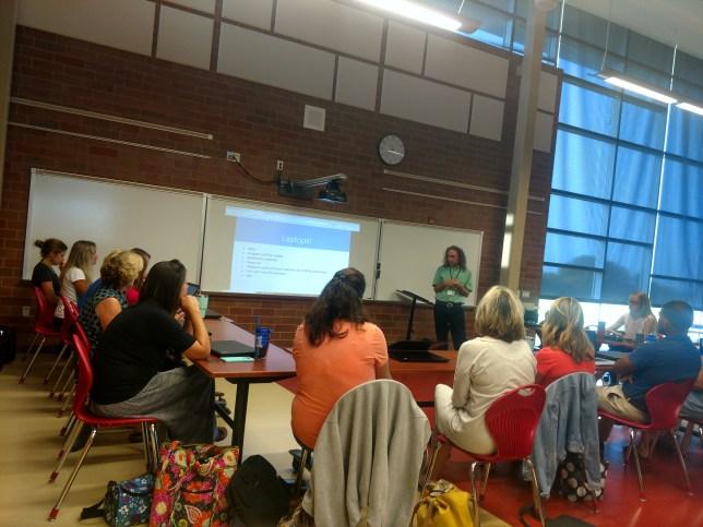 Teachers in the laptop technology workshop.