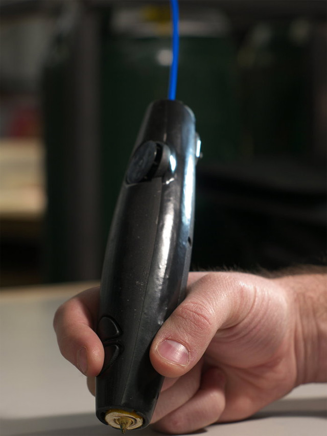 3Doodler- World's first 3D pen (1/3)