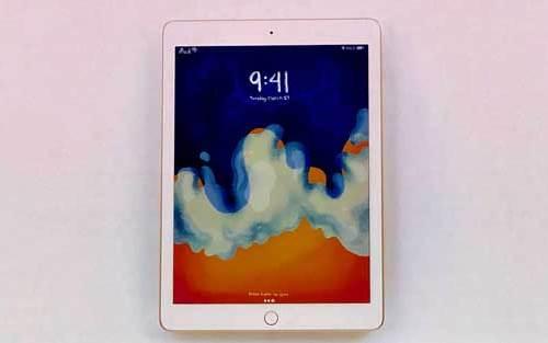 एप्पलको ९.७ इन्चको नयाँ आइप्याड यस्तो छ, एप्पल पेन्सिल सपोर्ट गर्ने, मूल्य २९९ डलर