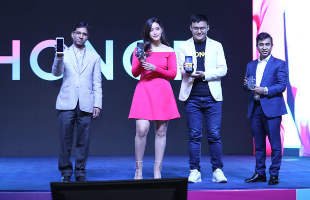 चीनको अनर ब्राण्ड नेपाल भित्रियो, ४ वटा स्मार्टफोन सार्वजनिक