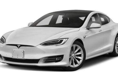 इलेक्ट्रीक कार मेकर टेस्लाले गाडिको मूल्य बढाउँदै, रिटेल स्टोर बन्द नगर्ने