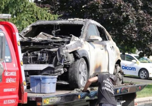 क्यानाडामा हुण्डाईको इलेक्ट्रिक भेहिकल 'कोना' पड्किएर आगलागी, गाडि र ग्यारेज क्षतिग्रस्त