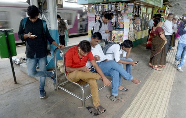 भारतीय बजारमा जियोलाई टक्कर दिँदै वाईफाई डब्बा, भारु १ मा १ जीबी डाटा उपलब्ध गराउँदै