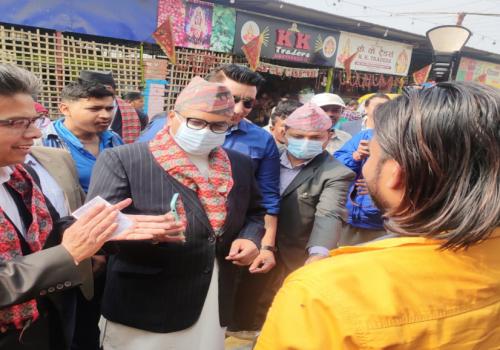 एनएमबि बैंकको क्यूआर भुक्तानी सेवा बिराटनगरको गुद्री बजारमा सुरु