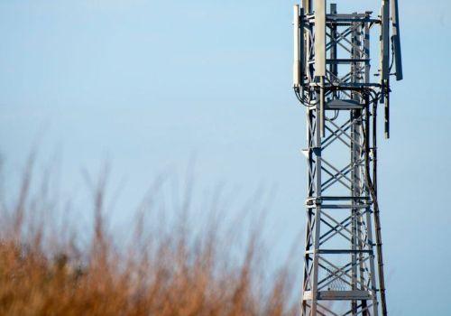 ग्रामिण क्षेत्रमा फाइभजी नेटवर्कका लागि बेलायतले ठूला र अग्ला टावर राख्न दिने