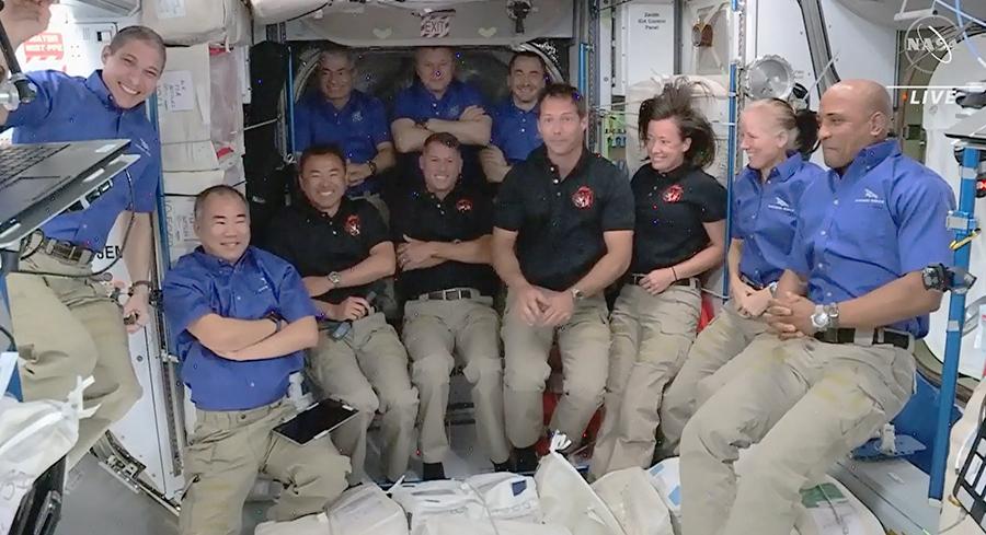 स्पेसएक्स एन्डेभरमार्फत चार अन्तरिक्ष यात्री अन्तराष्ट्रिय अन्तरिक्ष स्टेशनमा