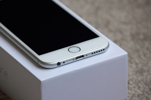 iphone 6s plus Photo credit: Yanki01 via Visual Hunt / CC BY