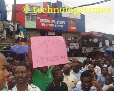 Another protester expressing his mind on a placard 2_new