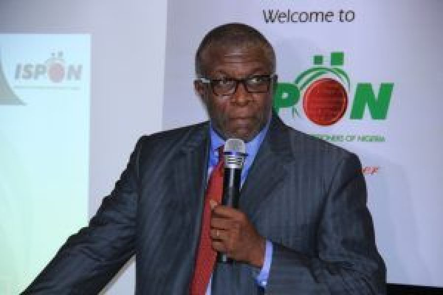 Mr Pius Okigbo Jnr, President of institute of software practitioner of Nigeria (ISPON) speaking at the dinner