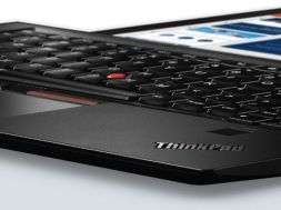 lenovo-thinkpad-x1-carbon-front-8