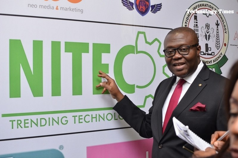 Kehinde Shonola of Technology Times captures images from the NITEC 2016 technology show