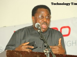 Smartphones now threaten the existence of journalism profession by making journalist irrelevant in the society, Mr Debo Adesina, Editor-in-Chief of The Guardian Newspapers, the most influential group of newspapers in Nigeria, has told #TTOutlook17 summit in Lagos.
