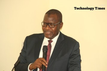 Professor Umaru Garba Danbatta speaking to Media Executives at the breakfast meeting in Lagos