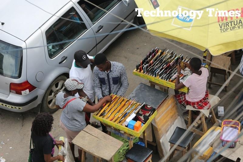 Telecoms Nigeria: 'Huge debt burden' sparks concern, NCC chief says