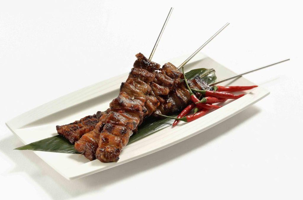 asian food 2090938 1280 Jak sposób gotowania wpływa na zawartość składników odżywczych w żywności?