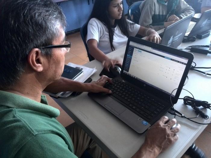 A Colombian teacher uses WordPress.