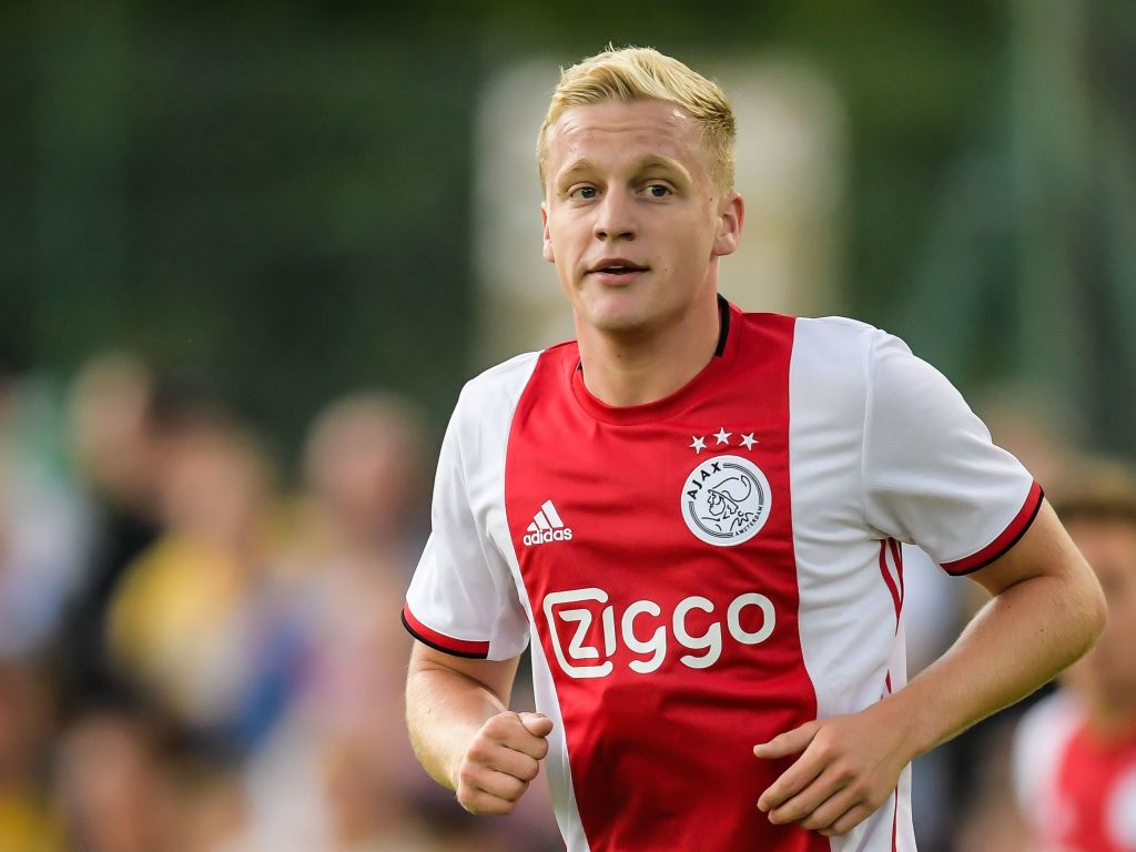 Real Madrid Are Reportedly Interested In Signing The Ajax Starlet Donny Van De Beek Technosports