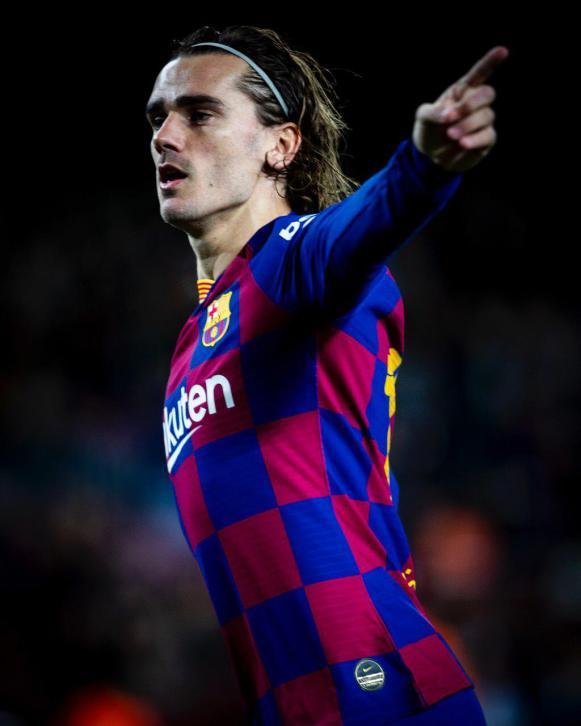 Antoine Griezmann happy to be Barcelona's new No. 9