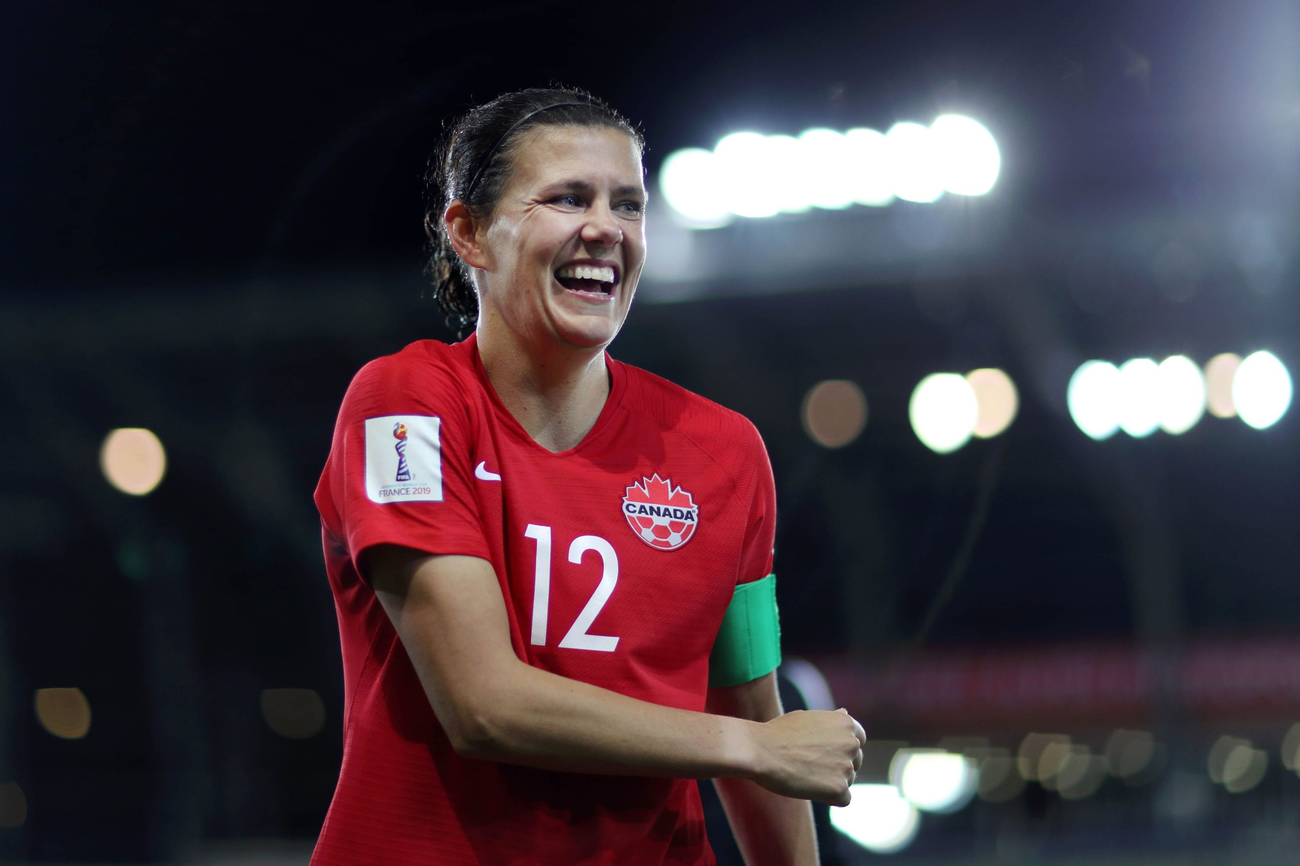 Christine Sinclair becomes the all-time highest international ...