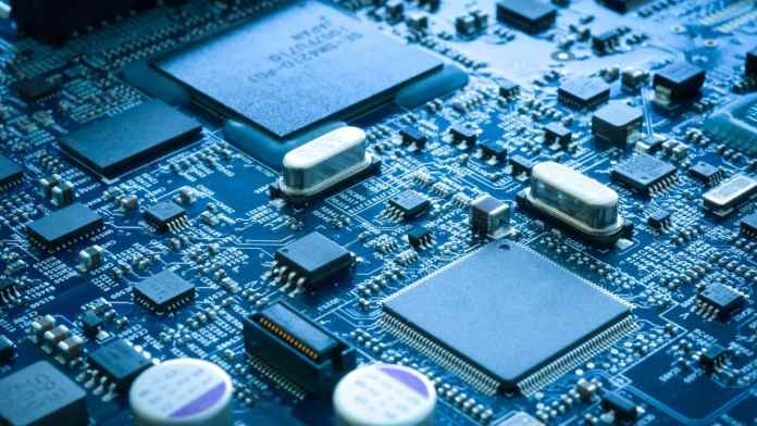China feuds chip battle as it hires over 100 TSMC engineers