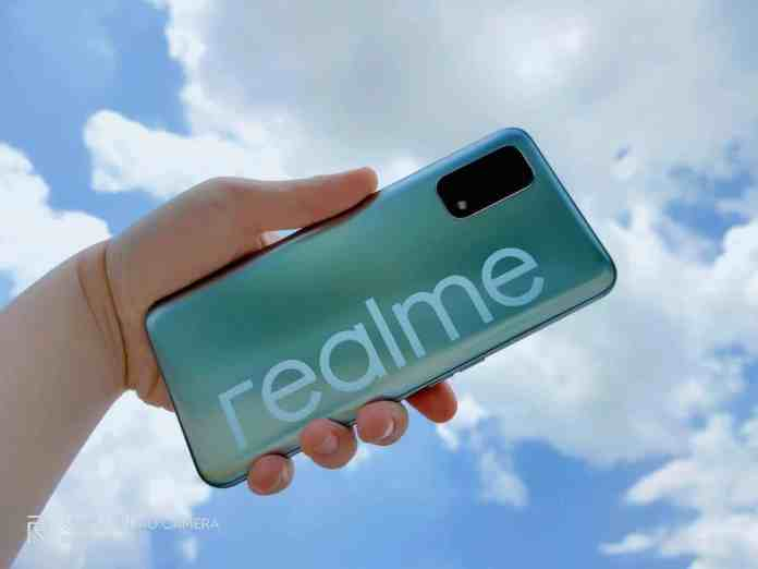 Realme RMX3063 appears on India's BIS Certification | FCC listing reveals 5,000mAh battery and triple rear cameras