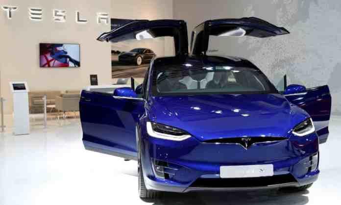 Tesla announced its own ASIC D1 Dojo AI chip for AI training purposes