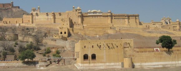 Amer Fort Jaipur Travel Guide