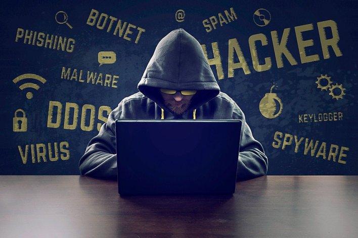 tarixin en boyuk melumat sizintisi hackerler milyardlarla mesaji elde edibler8360