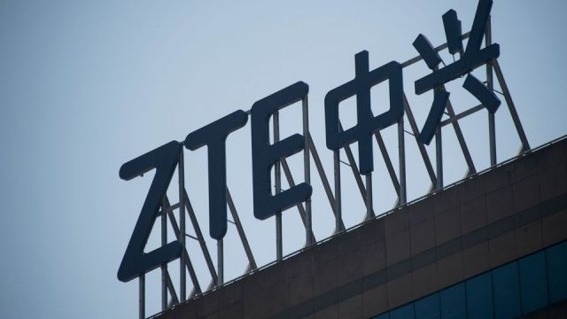 ZTE Ceases Major Operations Due to US Ban on Purchase of American Components