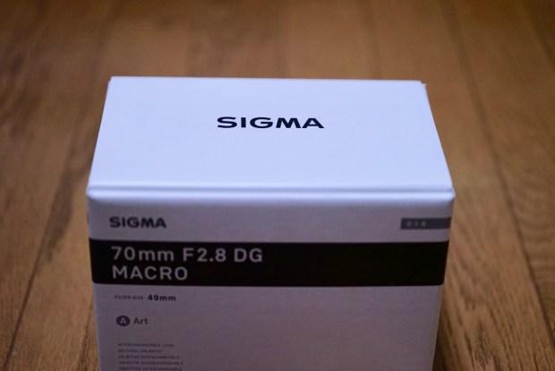 α7ii用交換レンズ3つ目「SIGMA 70mm F2.8 DG OS MACRO Art」を購入