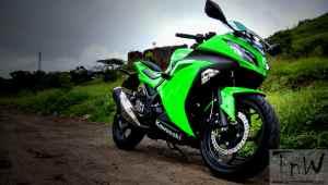 Image Gallery: Kawasaki Ninja 300 reviewed