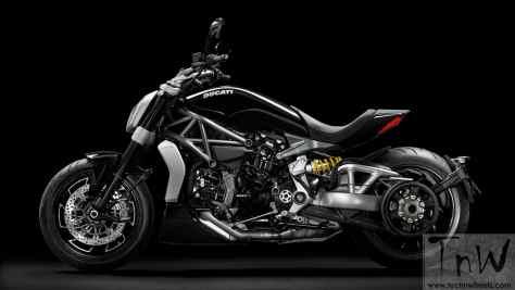 2016 Ducati XDiavel S (25)