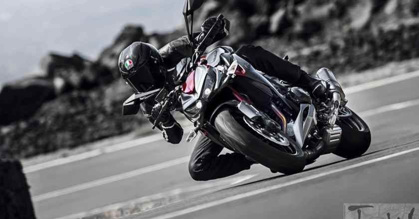 Kawasaki Z800 and Z1000 'Sugomi Editions' and Winter Edition Ninja ZX-10R unveiled