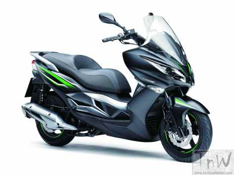 Kawasaki J125 scooter
