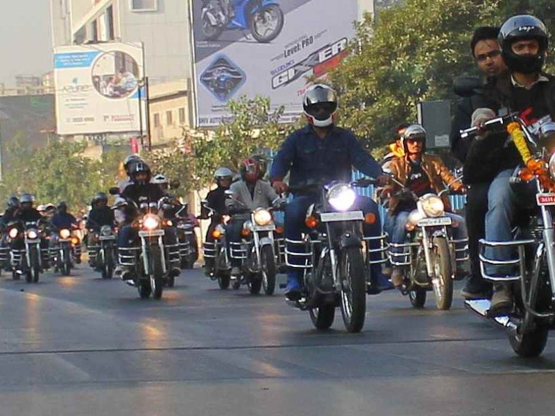 Kings Autoriders rides for army fund raising