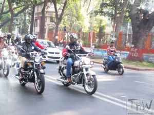 Helmet a must in Pune. Cops fine 4717 riders in a day