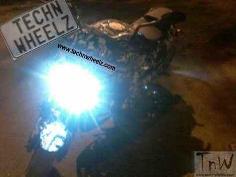 Bajaj Pulsar CS400 spy pic technwheelz (1)