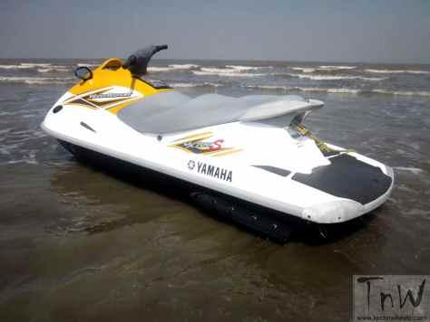 Yamaha VX700S Jet Ski (4)
