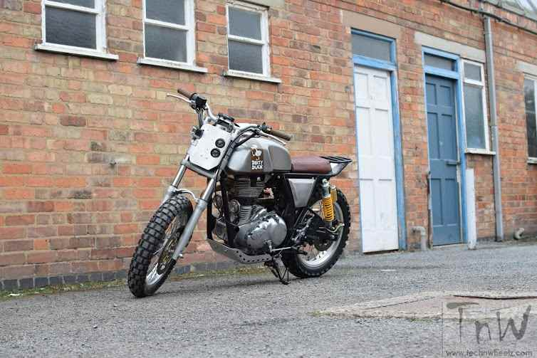 W_W_Customs Royal Enfield Dirty Duck (23)