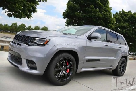 2018 Jeep Grand Cherokee Trackhawk (2)