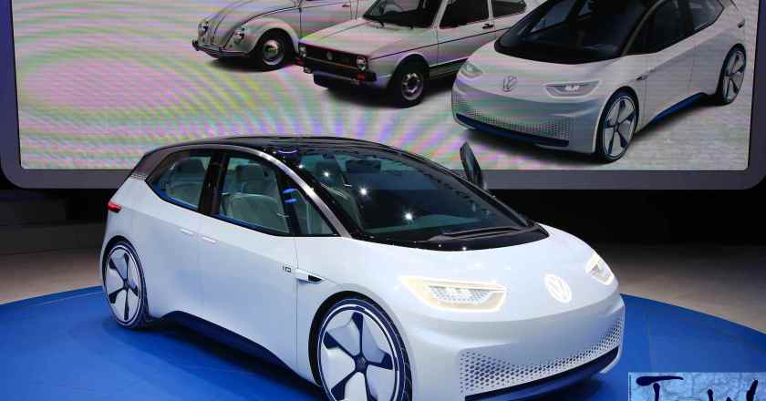 Paris Motor Show: Volkswagen I.D.,373 miles per charge, 2020 launch