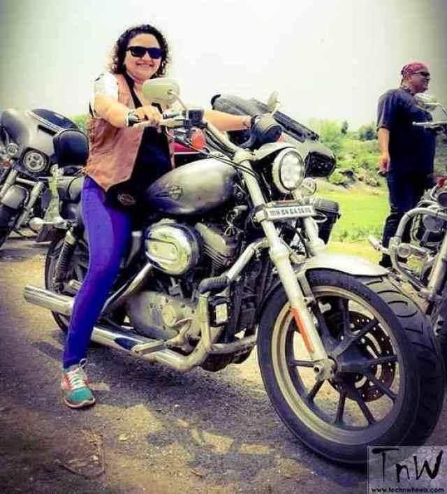 sunita-mande-biker-4