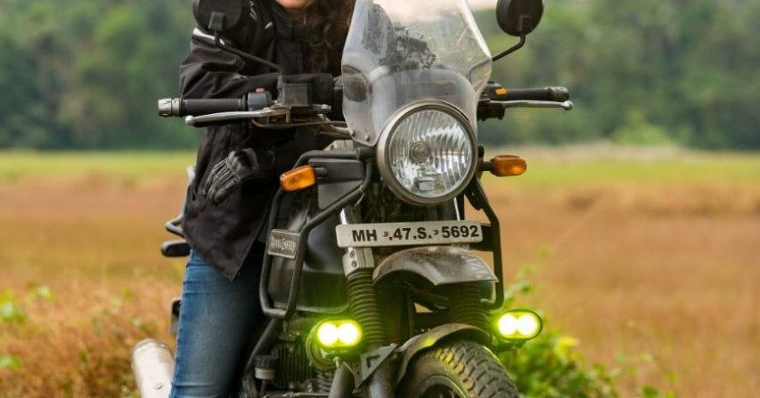 World Women Bikers: Dimpy aka Ankita on her motorcycle & rides