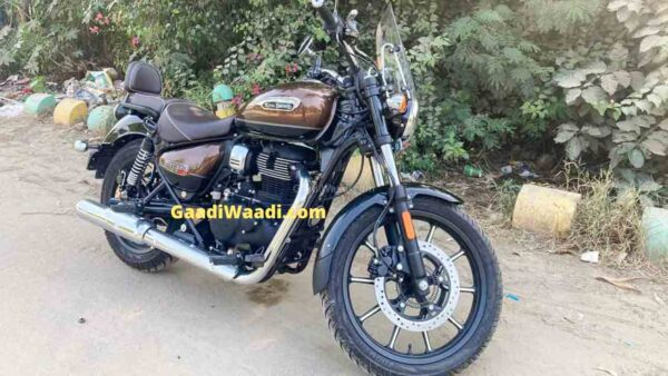 Royal Enfield Meteor 350 spotted undisguised. Launch Nov 6th