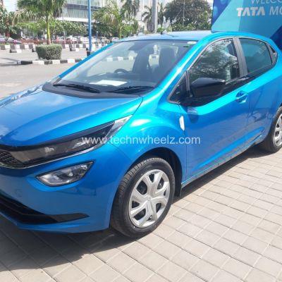 Tata Altroz XT Harbour Blue