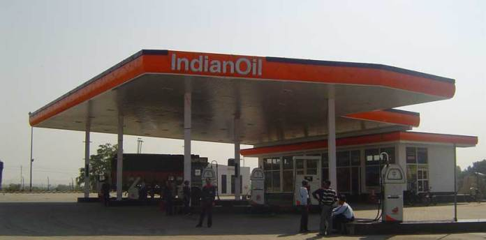 Uttar Pradesh Special Task Force carried out raids at 11 petrol pumps on specific information regarding tampering with fuel calibration by use of electronic chips. Of these, electronic chips were found at 9 fuel stations, 3 of which belong to IOCL and the other 6 belong to BPCL. (Photo/Sanjiv Kumar Sharma)
