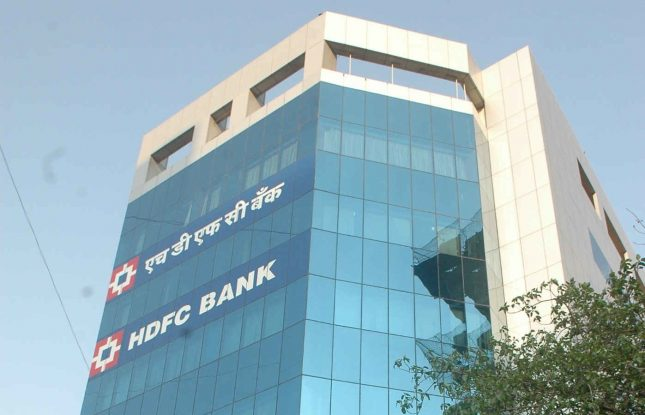 According to HDFC bank, this initiative integrates all popular digital payment methods in PoS machines thus offering greater convenience to both customers and merchants. (Photo/Agency)